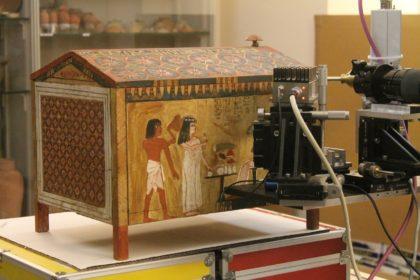 Dalla fisica nuova tecnica per studiare pittura antico Egitto