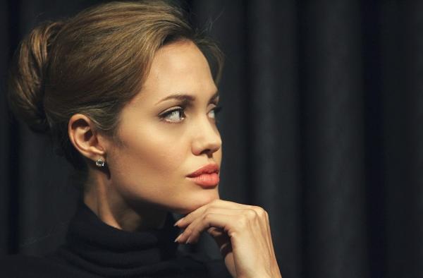 """I """"geni Jolie"""" non aumentano la mortalità nelle donne"""