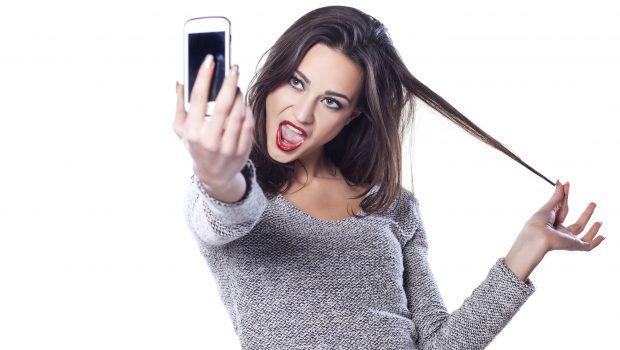 Allarme selfie-epilessia. Selfie possono scatenare crisi