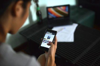 Social e shopping, compulsare internet fa male alla salute