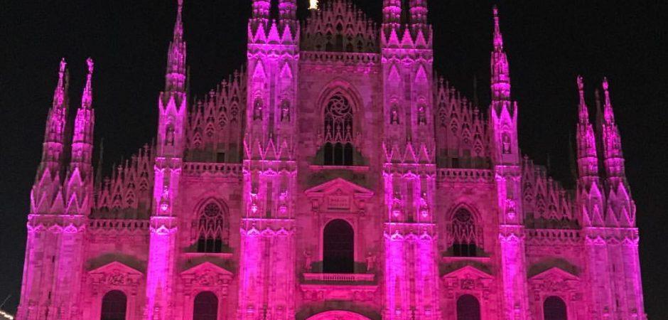 Il Duomo di Milano si illumina di rosa contro cancro seno