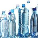 Trovata plastica in acqua in bottiglia di diversi brand